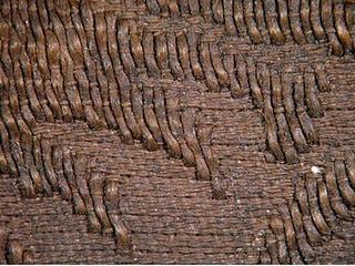 Fragment starej tkaniny jedwabnej